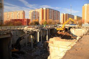 Демонтаж строений