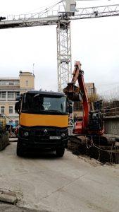 Разработка грунта и вывоз на полигон-компания Техоптимум.